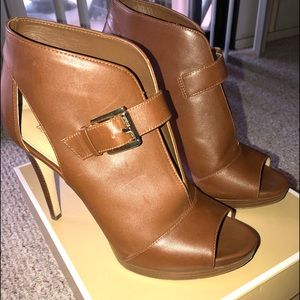 Brown Michael Kors Leather Isabella Bootie size 8